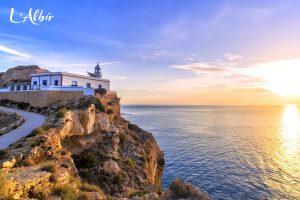 A walk to the L'Albir Lighthouse